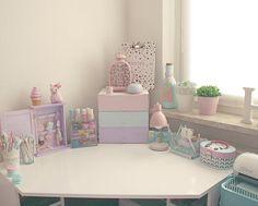 """New Arrangements at my Working Place #floralprint #planner #babypink #pastelpink #travellersnotebok #washitape #macaron #pastel #plannercharm…"""