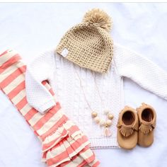 Great outfit layout!! And these Taylor Joelle leggings are only $7!!!