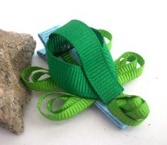 Turtle Ribbon Sculpture Hair Clip by dona