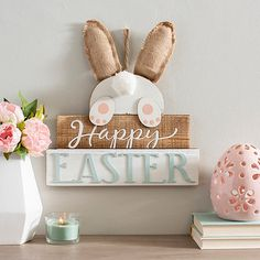 hoppy easter Celebrate the Easter season in style with our adorable Happy Easter Pom Pom Tail Wall Plaque! This precious piece will warm up your walls for spring. Easter Projects, Easter Crafts For Kids, Spring Projects, Easter Ideas, Diy Osterschmuck, Diy Ostern, Easter 2020, Easter Season, Bunny Crafts