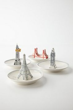 What city will your fingers travel to tonight? Supercute #anthroregistry Landmark Ring Dish - anthropologie.com