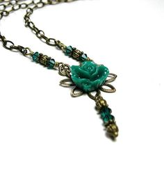 Vintage Style Flower Pendant Necklace Green by jewelrybyNaLa, $34.25