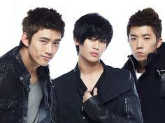 Taecyeon/Jin Guk, Kim Soo Hyun/Sam Dong, and Wooyoung/Jason from Dream High