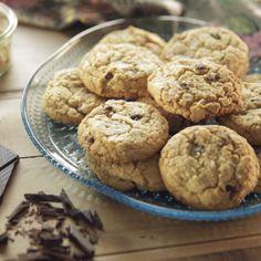 Venita's Chocolate Chip Cookies By Trisha Yearwood