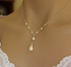 Bridal Necklace, Pearl and Swarovski Crystal, Wedding Jewelry, Bridesmaid Jewelry. $38.00, via Etsy.