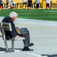 Rest in peace Mr. Rooney and thank you for everything that you did for #pittsburgh. I am so thankful that I was able to capture this image of you watching your Steelers.