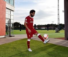 Salah shows off his skills at Liverpool's training ground after arriving from his native Egypt Liverpool Players, Liverpool Football Club, Liverpool Fc, M Salah, Muhammed Salah, Salah Liverpool, Egyptian Kings, Club World Cup, World Cup Winners