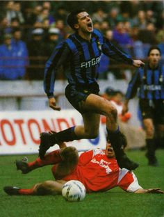 Inter Milan 1 AS Bari 0 in Jan 1992 at the San Siro. Nicola Berti dramatically dives over a Zvonimir Boban challenge in Serie A.