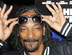 Beats For Pimps (Rap Beats & Hip Hop Instrumentals) Snoop Dogg, I Love To Laugh, Make Me Smile, Nathaniel Brown, Blockchain, Funny Pins, Funny Memes, Funny Stuff, Funniest Jokes