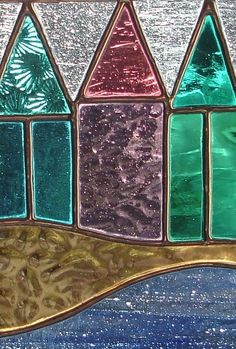 STAINED GLASS BEACH HUT SUNCATCHER £20.00