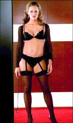 Jennifer Garner's body in Alias