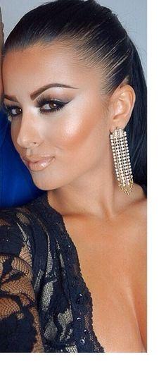 Makeup for reception. MUA: Amrezy