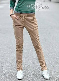 Casual pants can offer you both comfort and fashion. If combined well with other items, you really can get a fashionable outfit.