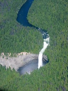 Beautiful Helmcken Falls in Wells Gray Provincial Park in British Columbia, Canada.