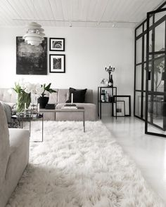 35 Beautiful Monochrome Living Room Decoration You Must Have The post 35 Beauti. - - 35 Beautiful Monochrome Living Room Decoration You Must Have The post 35 Beautiful Monochrome Living Room Decoration You Must Have appeared first on Vardagsrum Diy. Beach Living Room, Tiny Living Rooms, Interior Design Living Room, Living Room Designs, Living Room Decor, Small Living, Modern Living, Monochrome Interior, Contemporary Living Room Furniture