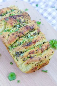 Herb butter – pluck bread - New Site Salmon Recipes, Potato Recipes, Keto Recipes, Dessert Recipes, Potato Juice, Kneading Dough, Herb Butter, Pampered Chef, Different Recipes