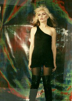 "mabellonghetti: """"Debbie Harry photographed by Jean Pagliuso, 1977 "" "" Blondie Debbie Harry, Debbie Harry Style, First Rapper, Chris Stein, Nostalgia, New Wave, Monochrome Fashion, Joan Jett, Classic Rock"