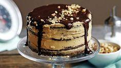 Kerroskakku maistuu ihan tutulle suklaapatukalle – suolapähkinöitä, kinuskia ja suklaata!