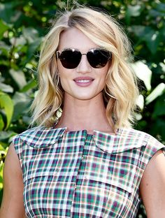 Rosie Huntington-Whiteley's lived-in hair and matte nude lips