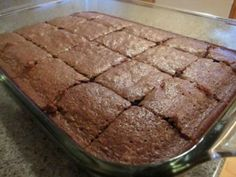 Shannon Makes Stuff: Cake Like Brownies Cake Like Brownies, Brownie Cake, No Bake Treats, Yummy Treats, Sweet Treats, Brownie Recipes, Cake Recipes, Dessert Recipes, Just Desserts