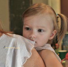 Barlow Girls Photography~ #Clarksville #tn #fortcampbell #Birthday #party #2yearoldbirthday #toddlers #tinkerbell #peterpan #photographer #photography #mama #daughter #cuddles