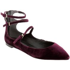 Banana Republic Abby Shoe (23.140 HUF) ❤ liked on Polyvore featuring shoes, burgundy, burgundy shoes, banana republic, breathable shoes, zipper shoes and zip shoes
