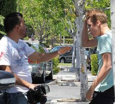 J. Bieber: Συνεπλάκη με paparazzi!