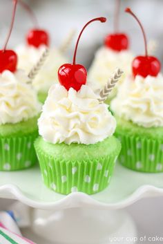 Shamrock Shake Cupcakes for St. Patrick's Day - Your Cup of Cake