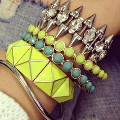 Neon Bracelets  http://pinterest.com/sarahjua/accesorios-accesories/