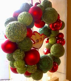 Advent wreath: skeins galore
