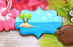 All the cookie decorating tutorials, tips, recipes and color help you need to make easy and fun decorated sugar cookies! Hawaiian Cookies, Luau Cookies, Summer Cookies, Galletas Cookies, Fancy Cookies, Cut Out Cookies, Iced Cookies, Custom Cookies, Holiday Cookies