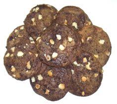 Scott's Cakes Brownie Chunk Cookies with Macadamia Nuts in a Small City SIdewalks Tin Scott's Cakes http://www.amazon.com/dp/B008BX5S2S/ref=cm_sw_r_pi_dp_2sL5vb02G0XVA