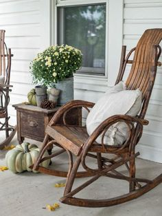 Freshen up your front porch for fall with our 11 ideas for making it a cozy, welcoming place to hang out and enjoy autumn's cooler weather and colorful scenery.
