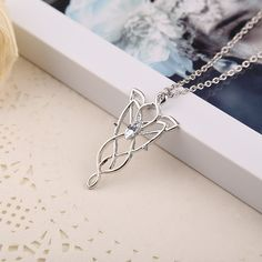 The Lord Of The Rings Arwen Evenstar Necklace Necklace Set, Pendant Necklace, Radagast The Brown, Aragorn And Arwen, Twilight Stars, Elvish, Star Pendant, My Precious