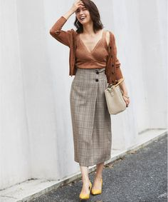 """""""I line silhouette skirt"""" to bring out the supple charm of adults ☆ 15 items that can be used in autumn - Asian Minimalist Style - Long Skirt Outfits For Summer, Jean Skirt Outfits, Pencil Skirt Outfits, Winter Skirt Outfit, Casual Skirt Outfits, Girly Outfits, Jean Skirts, Modest Outfits, Mini Skirts"""