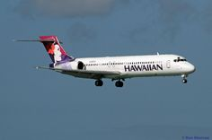 https://flic.kr/p/qECi7e | Hawaiian Airlines, Boeing 717 | PHNL (Honolulu International, Hawaii Dec. 20, 2014  Landing on 4R.