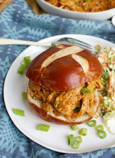Have you ever wondered how to make a pork tenderloin in the slow cooker? It be used in a variety of ways from traditional sliced tenderloin to rice bowls. Slow Cooker Roast Beef, Making Pulled Pork, Paleo Chili, Paprika Pork, Football Season, Pork Recipes, Salmon Burgers, Crockpot, Sandwiches