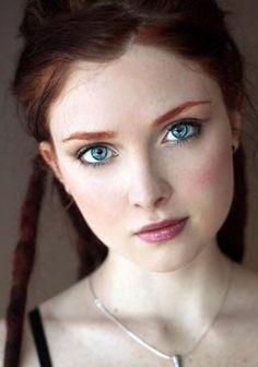 laurer-ass-redhead-teen-naughty-amateur-teen-sex