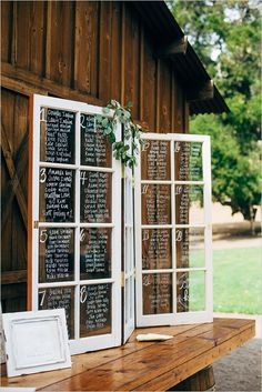 Purple And Gray Wedding Inspiration Sitzplan, Tischplan, Hochzeit, auf Fensterscheibe geschrieben<br> Chris and Katie knew from the start that they wanted a relaxed and no-fuss celebration. Lots of Purple And Gray Wedding Inspiration this way! Chic Wedding, Wedding Signs, Rustic Wedding, Wedding Hacks, Wedding Venues, Wedding Tables, Wedding Details, Trendy Wedding, Hipster Wedding
