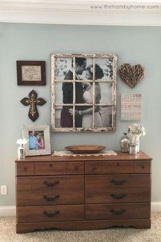 Warm and Cozy Rustic Bedroom Decorating Ideas 01