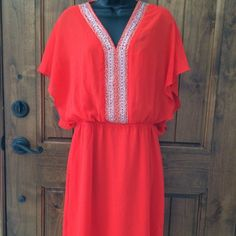 New Belle Badgley Mischka red orange dress Belle Badgley Mischka red orange silk dress size 6 Badgley Mischka Dresses