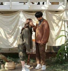 Image about love in ulzzang couple ; Pre Wedding Poses, Pre Wedding Photoshoot, Couple Posing, Couple Shoot, Korean Couple Photoshoot, Couple Ulzzang, Ulzzang Boy, Couple Goals Cuddling, Korean Wedding