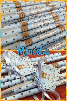 Kits de lápis e canetas personalizados para o chá de bebê! Www.mimoslu.com.br