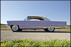 "1956 Lincoln Premiere Convertible 368/285 HP, Automatic "" love the color """