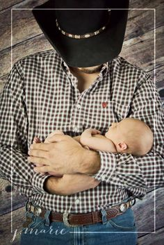 Newborn pictures. Daddy and baby. Western. Country. Baby cowboy