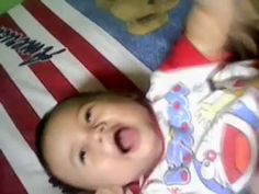 Bayi-6-Bulan-Main-Bola