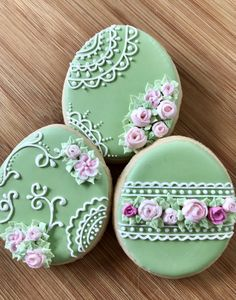 Easter Cookies Ideas which are so cute & gorgeous that you'd want to try it right now - Iced Cookies, Cute Cookies, Easter Cookies, Royal Icing Cookies, Cupcake Cookies, Cookies Et Biscuits, Summer Cookies, Cupcakes, Cookie Favors