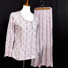 Laura Ashley Pajama Set Pretty Pink and Gray Romantic Cottage Shabby Chic  Sz S bcdf0aea0