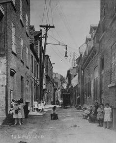 Rue du Petit Champlain, début 20e siècle.