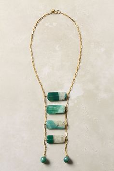 I love this! Agate like stone is a beautiful contrast to the gold chain!